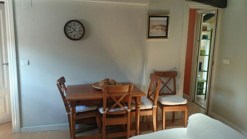 Piso en alquiler en Santander  de 1 Habitación, 1 Baño y 65 m2 por 420€/mes.