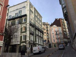 Piso en alquiler en Santander  de 2 Habitaciones, 1 Baño y 70 m2 por 500€/mes.