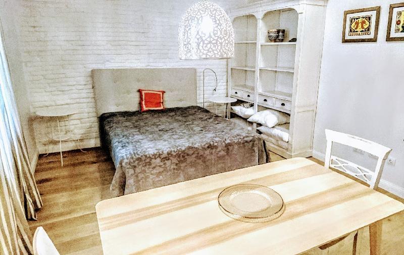 Piso en alquiler en Santander  de 1 Habitación, 1 Baño y 55 m2 por 370€/mes.
