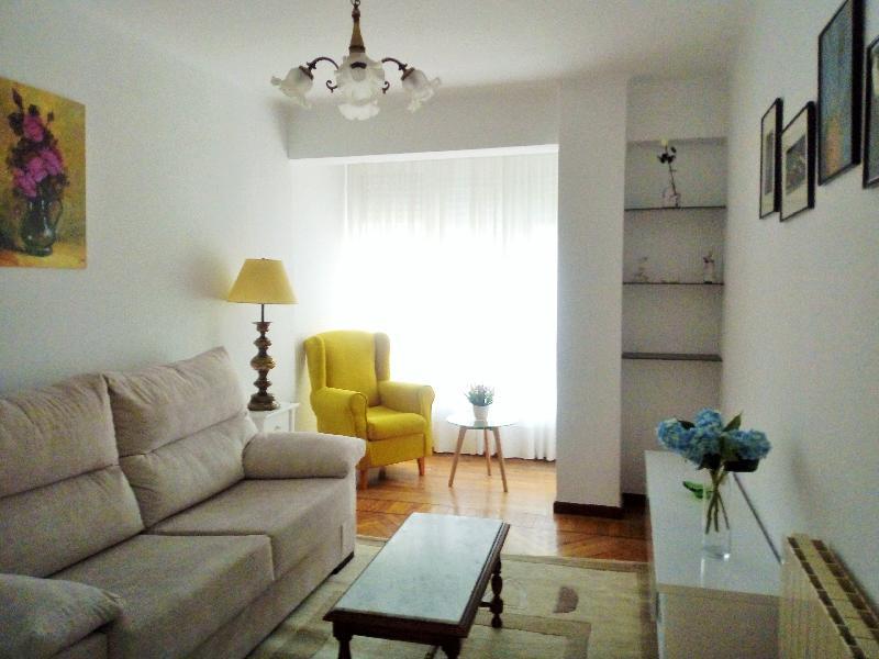 Piso en Santander - CANTABRIA de 2 habitacion/es por 650 €/mes