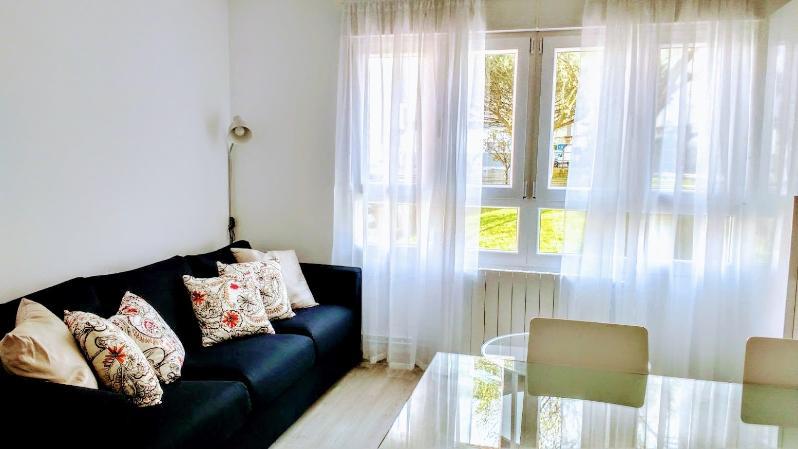 Piso en alquiler en Santander  de 4 Habitaciones, 2 Baños y 101 m2 por 800€/mes.