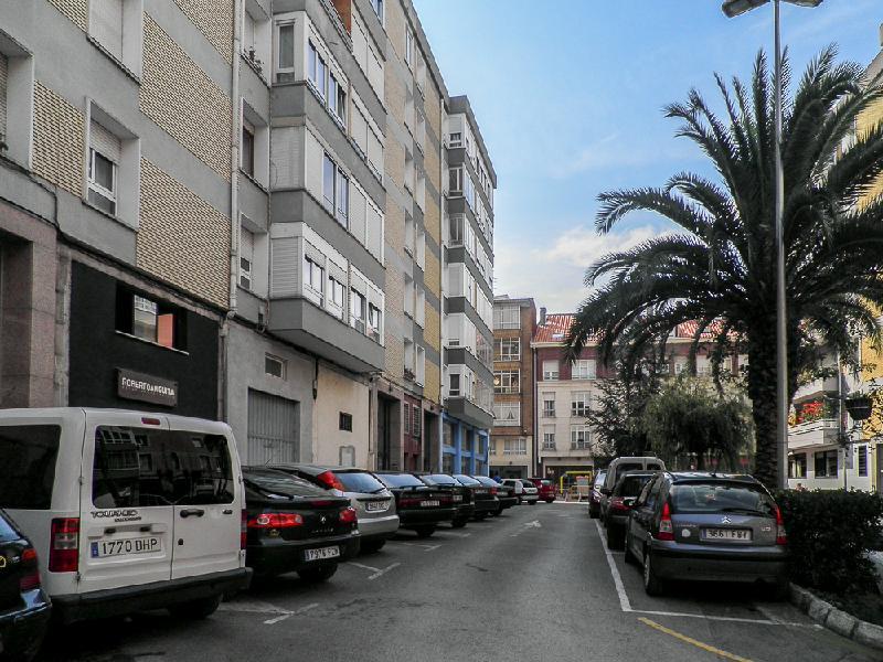 Piso en Torrelavega (CANTABRIA) por 45.000 €