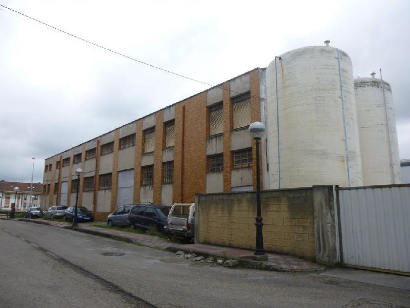 Nave Industrial en MaliaÑO - CANTABRIA