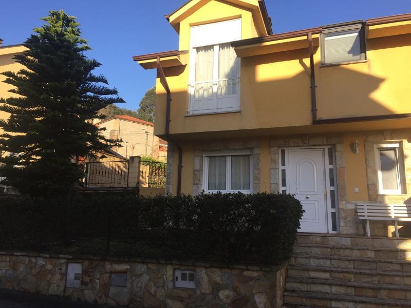 Chalet Pareado en Igollo De Camargo (CANTABRIA) por 230.000 €