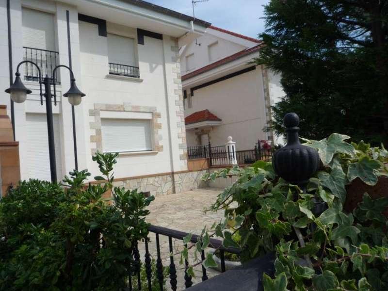 Chalet Pareado en Cacicedo (CANTABRIA) por 290.000 €