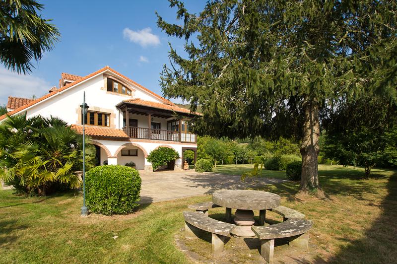 Casa en Ucieda (CANTABRIA) por 375.000 €