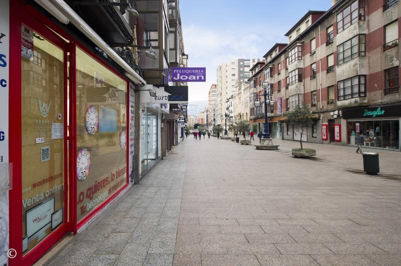Local Comercial en Santander (CANTABRIA) por 2.700 €/mes