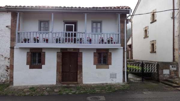 Casa en Barcena Pie De Concha (CANTABRIA) por 70.000 €