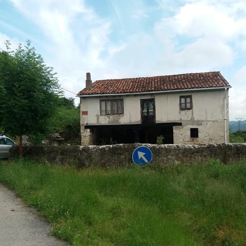 Casa en Molledo (CANTABRIA) por 85.000 €
