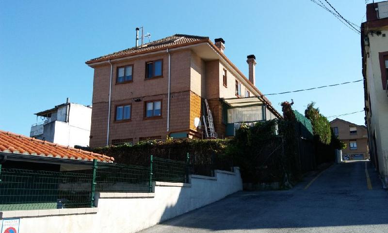 Chalet Individual en Guarnizo (CANTABRIA) por 450.000 €
