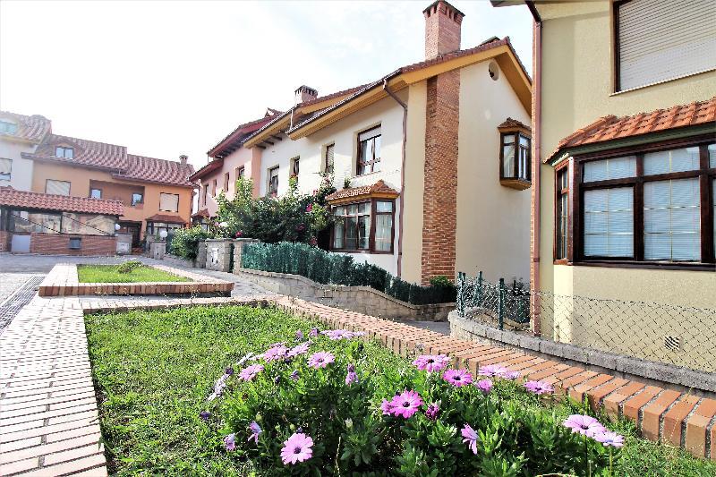 Chalet Adosado en Mogro (CANTABRIA) por 179.900 €
