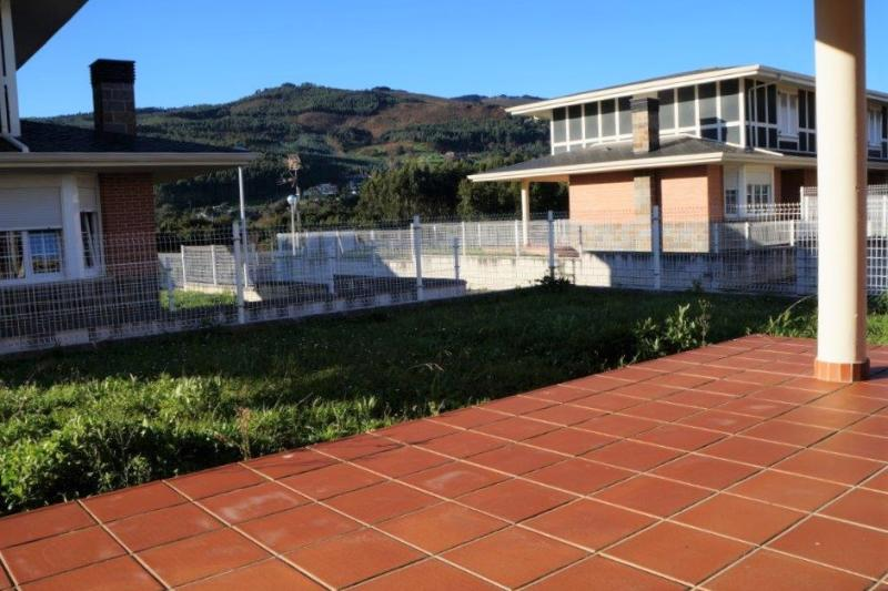 Chalet Pareado en Castro Urdiales - CANTABRIA de 3 habitacion/es por 300.000 €
