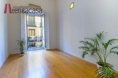 Duplex en Cortes-Huertas - Madrid