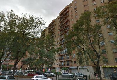 Piso en Juncal - Sevilla