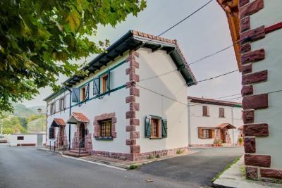 Casa en Sin Zona - Elizondo (Navarra)