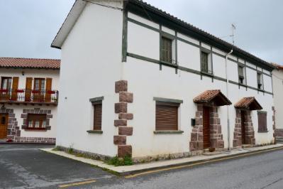 Chalet Adosado en Centro - Elizondo (Navarra)