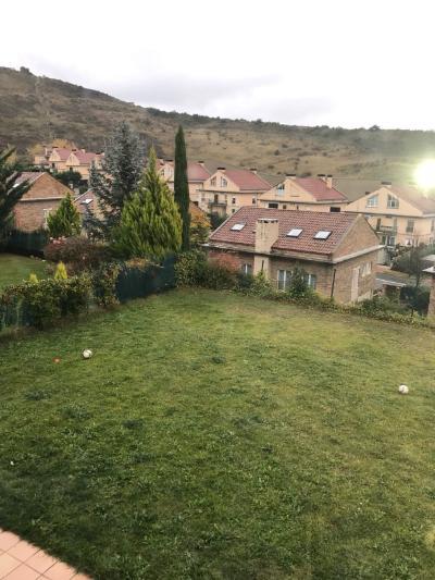 Casa en Sin Zona - Gorraiz (Navarra)
