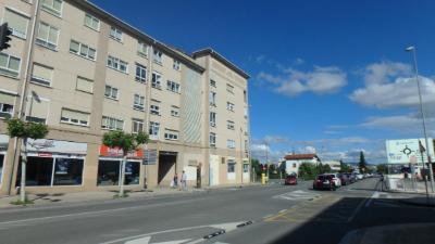 Duplex en junto al Decathlon - Berriozar (Navarra)