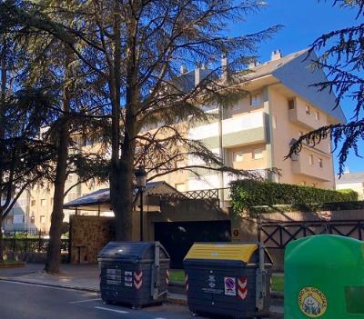 Duplex en EDIF. CIUDADELA IV - Jaca (Huesca)