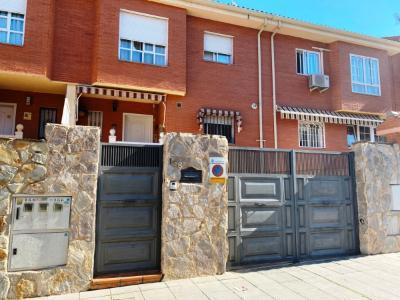 Chalet Adosado en Villares - Arganda Del Rey (Madrid)