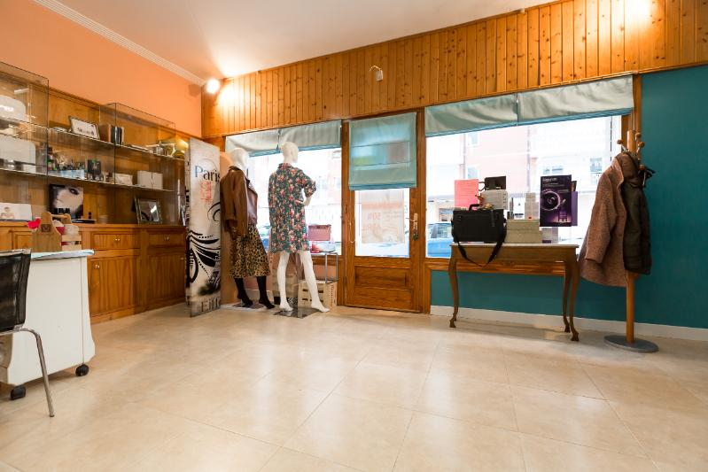 Local Comercial en Colindres - CANTABRIA