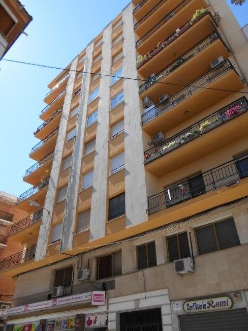 Piso en venta en Linares (Jaén), U/18/555