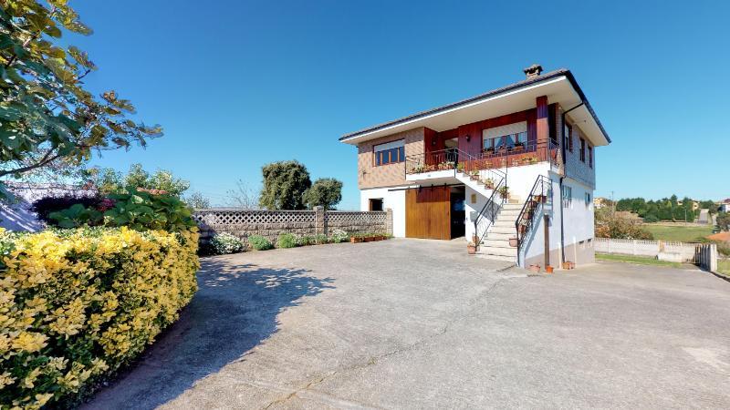 Casa en Herrera De Camargo (CANTABRIA) por 290.000 €