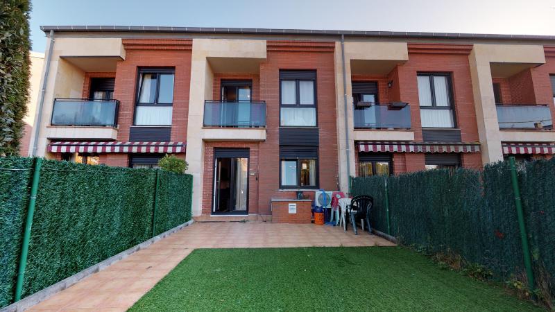 Chalet Adosado en Mortera (CANTABRIA) por 245.000 €