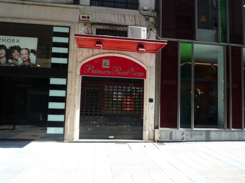 Local Comercial en Santander (CANTABRIA) por 1.450 €/mes