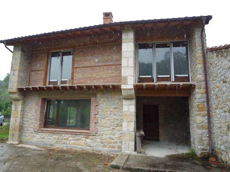 Casa en San Vicente De La Barquera (CANTABRIA) por 165.000 €