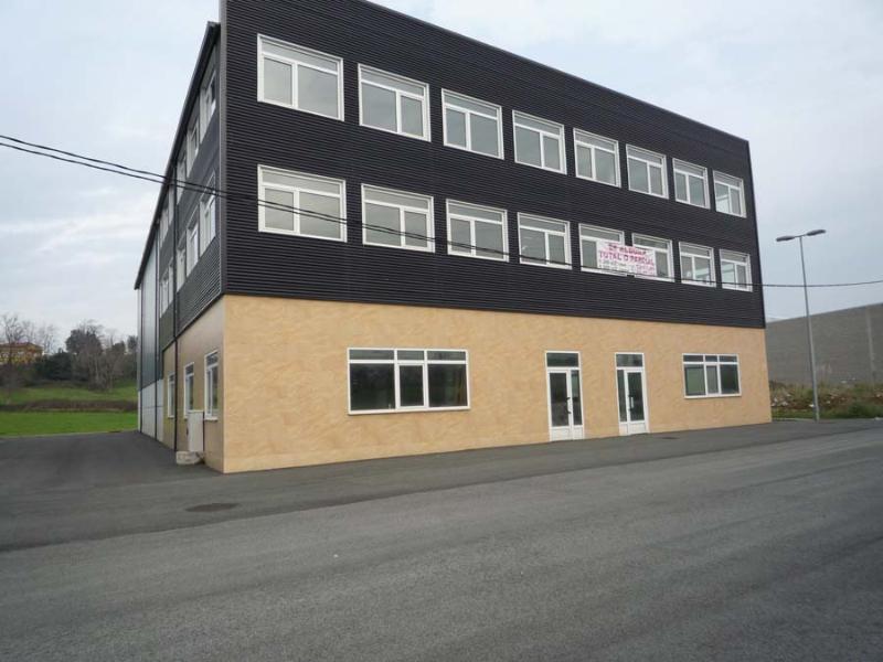 Nave Industrial en Pontejos (CANTABRIA) por 2.500 €/mes
