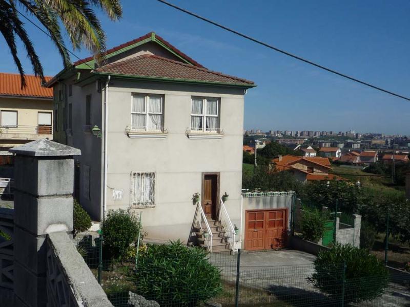 Casa en Muriedas (CANTABRIA) por 240.000 €
