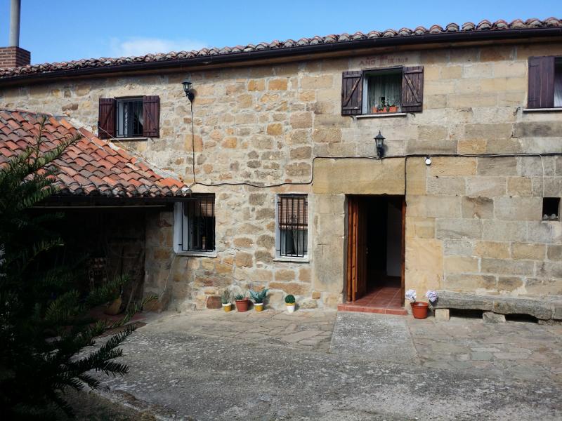 Casa en  (Palencia) por 85.000 €