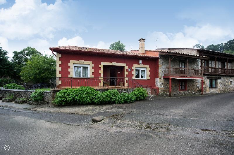 Casa en Villasevil (CANTABRIA) por 98.000 €