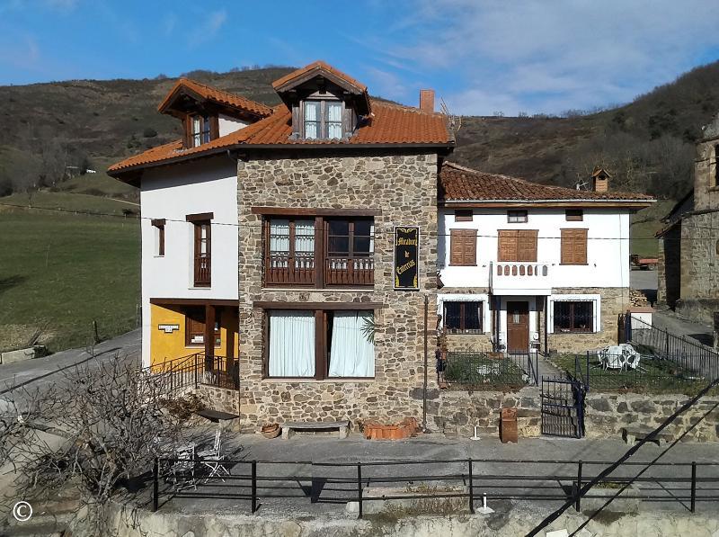 Edificio en Enterrias (CANTABRIA) por 390.000 €