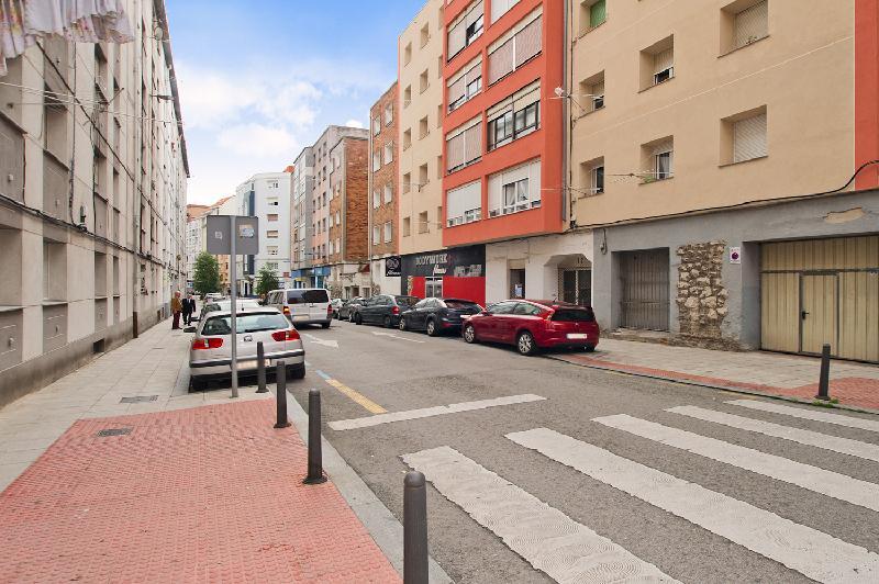 Local Comercial en Santander (CANTABRIA) por 100.000 €