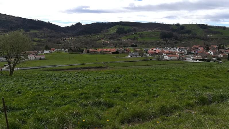 Finca Urbana en Castañeda (CANTABRIA) por 186.000 €