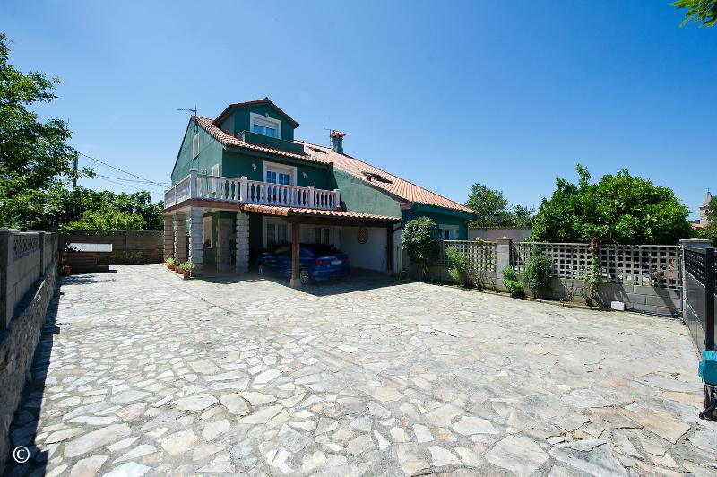 Casa en Santa Cruz De Bezana - CANTABRIA