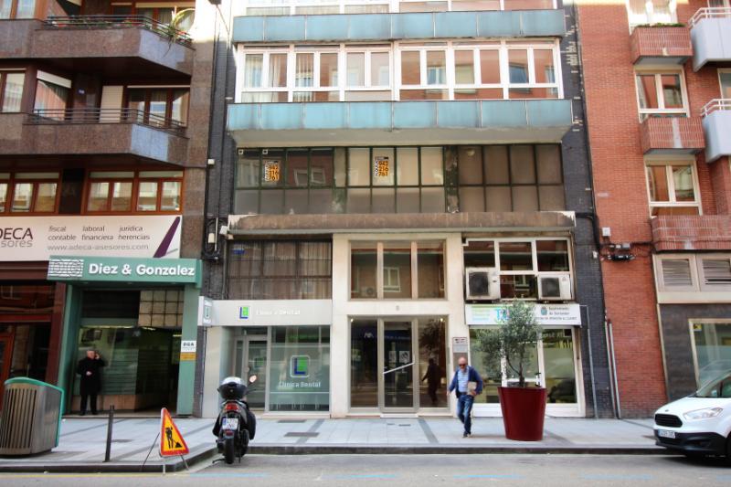 Oficina en Santander (CANTABRIA) por 110.000 €