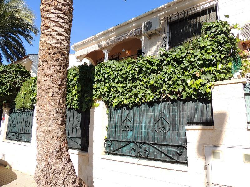 Chalet Adosado en venta en los cuarteros - San Pedro Del Pinatar (Murcia), 792